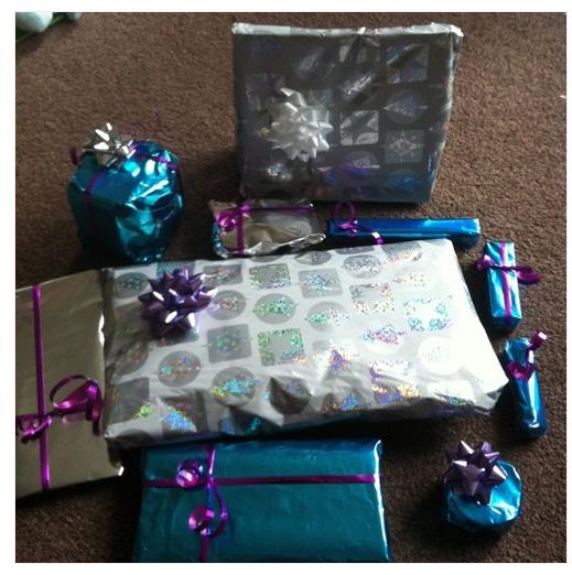 Presents2